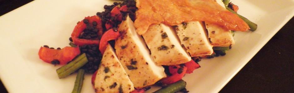 Kylling med belugalinser og en chip af sprødt skind