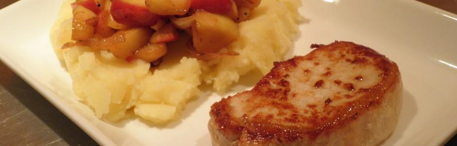 Kotelet med kartoffelmos og æble/løgkompot