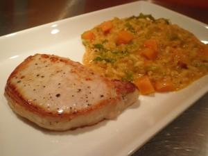 Kotelet med græskarrisotto (risotto med hokkaido græskar) og savoykål