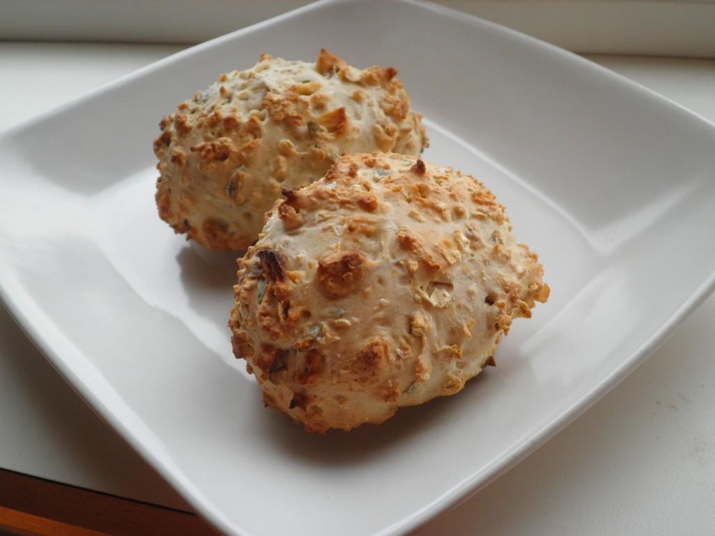 Hurtige Morgenboller - grovboller på sodabrød (bagepulver)