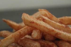 perfekte pomfritter eller pommes frites, hjemmelavede tripel kogte