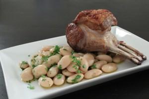 Lammerack med butter beans