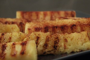 grillet ananas med chili
