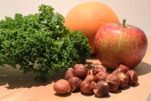 julesalat med grønkål og æbler - ingredienser